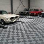 sol garage vieilles voitures
