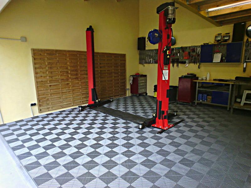 dalle de sol pour garage professionnel