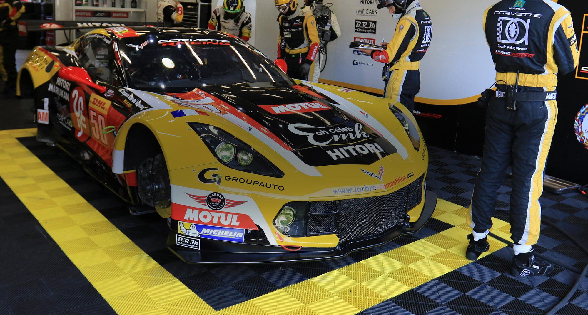 Dalles de sol garage sport auto polydal rev tement de for Dalles de garage clipsables 60x60cm