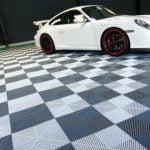 dalles de sol Polydal garage Porsche