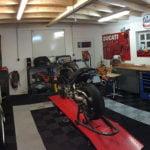 dalles de sol Polydal atelier moto