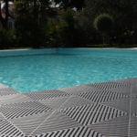 dalles de sol damier confort Polydal piscine