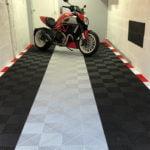 dalles de sol Polydal garage privé moto