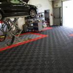 dalles de sol Polydal atelier Le Mans auto racing