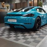 dalles de sol gris alu foncé Polydal Porsche