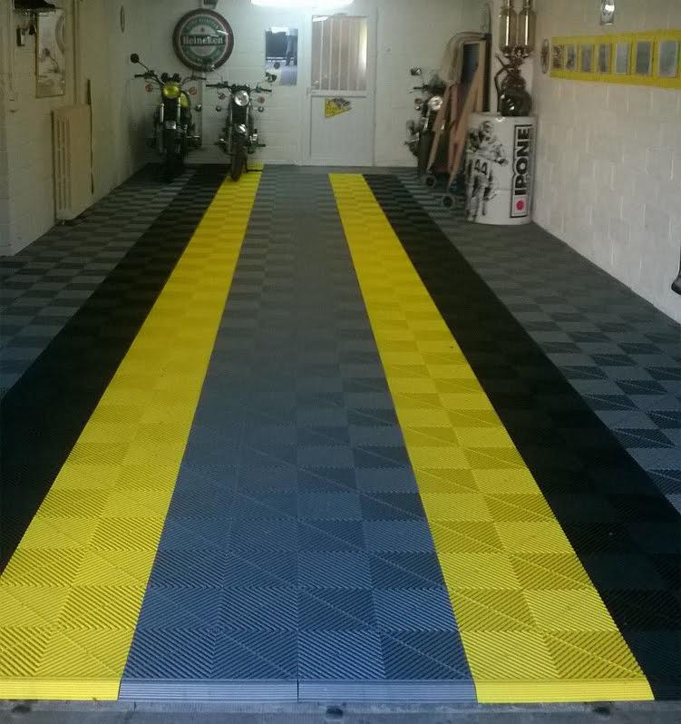 sol Polydal gris foncé noir jaune pour garage privé moto