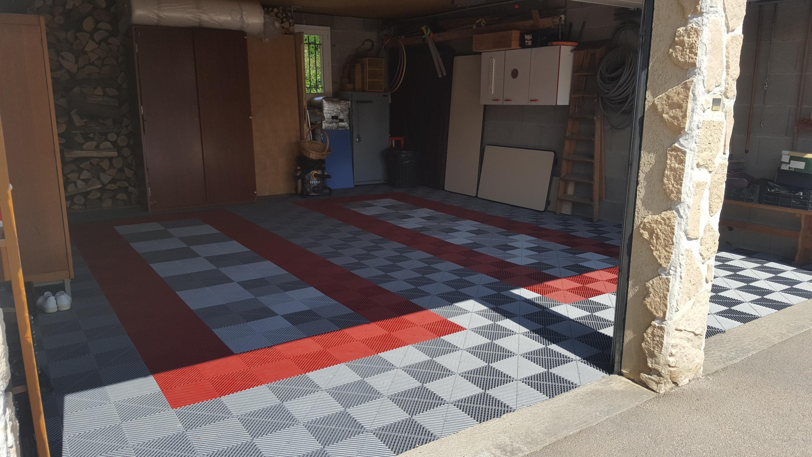 dalles de sol Polydal dans garage privé