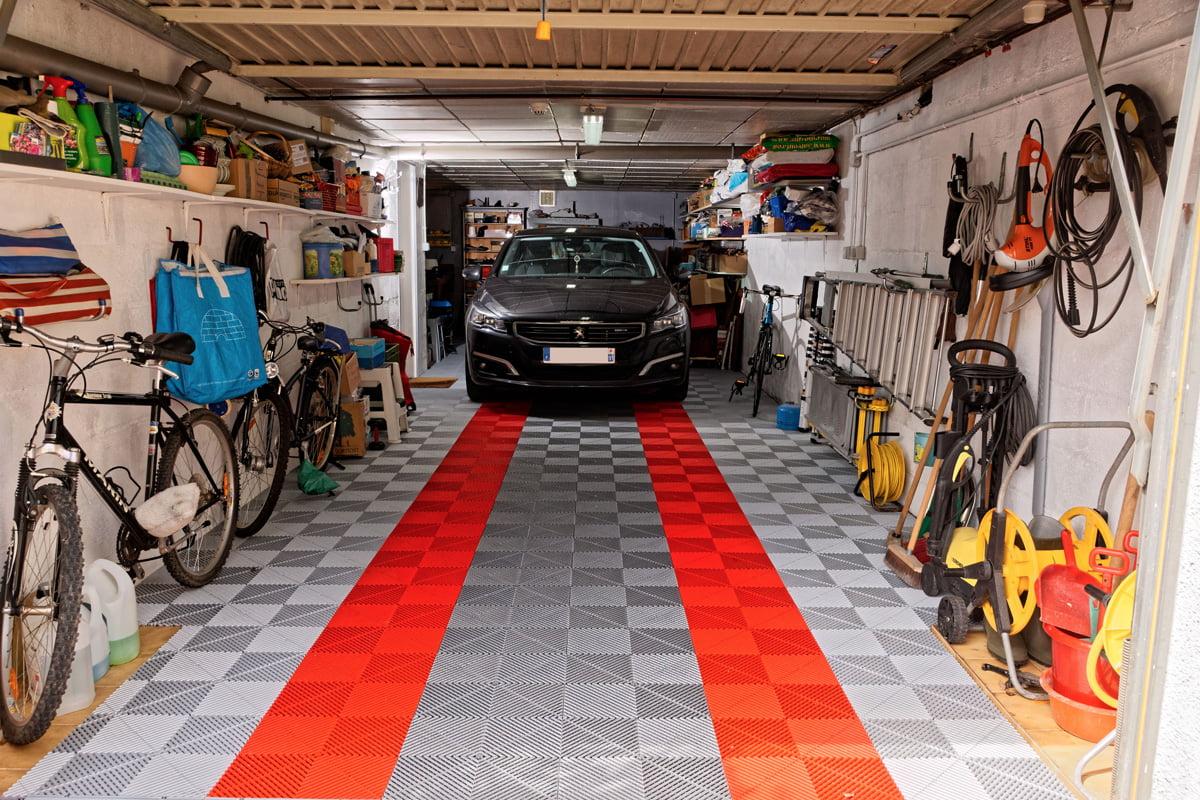 sol Polydal gris alu foncé et orange pour garage privé
